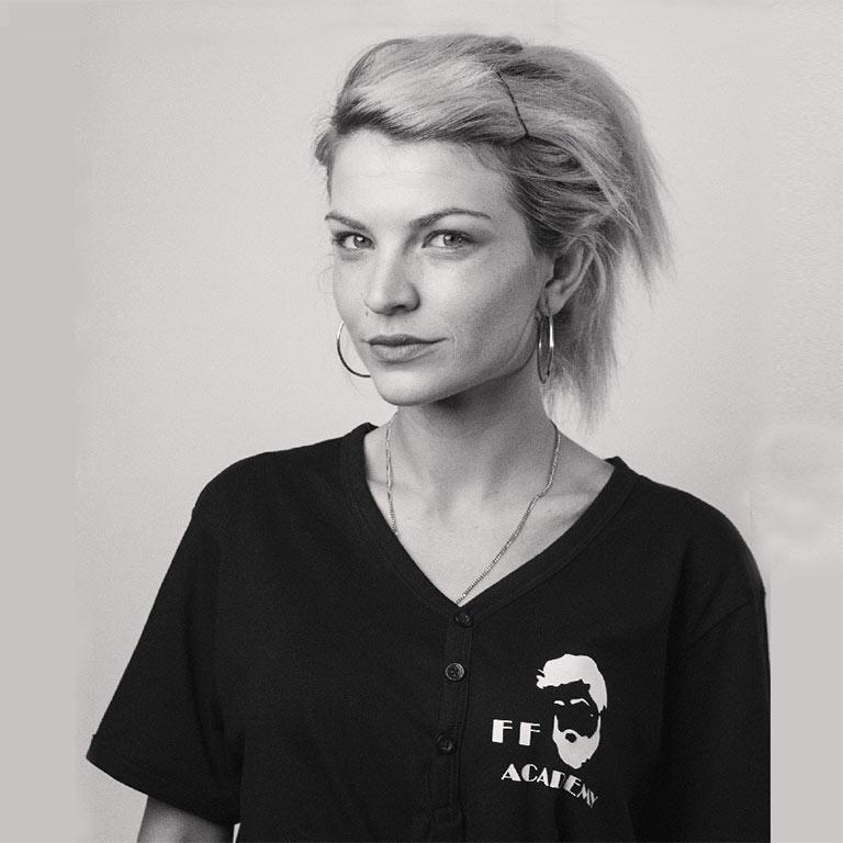 alexandra-buza